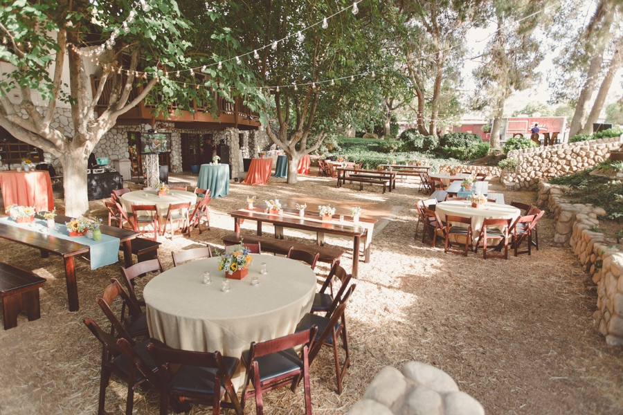 Melissa and seans wedding reception legends ranch las vegas legenda ranch wedding decor and floral las vegas wedding photographer junglespirit Gallery